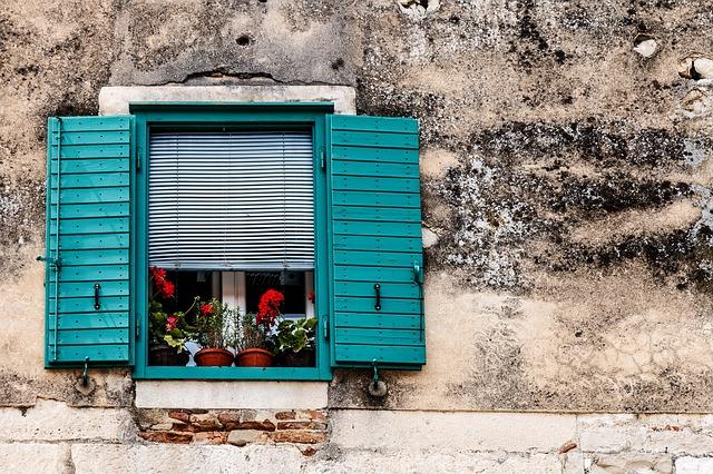 okno, rolety, okenice