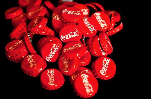 zátky od Coca-coly