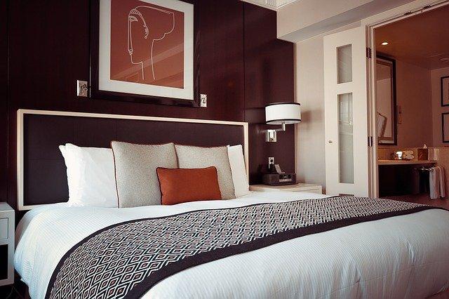 hezká ložnice